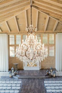 Wedding Venues in Dallas - Hidden Pines Chapel