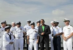 usa navy | USA: Navy Ships Sail into New York to Commence Fleet Week New York ...