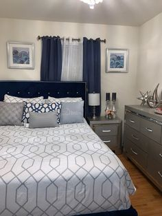 Room Design Bedroom, Room Ideas Bedroom, Bedroom Decor, Decor Home Living Room, Home Decor Furniture, Small Apartment Decorating, Stylish Bedroom, Luxurious Bedrooms, House Rooms