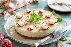 Juditka konyhája: ~ SÓS SAJTTORTA ~ Vanilla Cake, Cheesecake, Pudding, Food, Vanilla Sponge Cake, Meal, Cheesecakes, Custard Pudding, Essen
