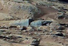 Face-alien-aliens-moon-lunar-surface-evidence-building-structure-nt-egypt-orbs-nsa-ovni-tech-Shot-2012-03-03-at-4.00.46-PM