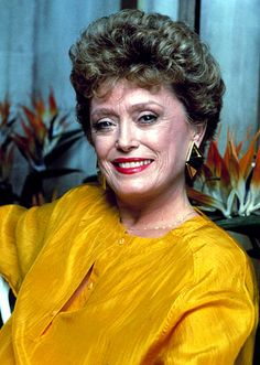 RUE MCCLANAHAN The actress died on June 23 after suffering a cerebral hemorrhage three days earlier. Per McClanahans request, no funeral was held. Rue was a close and dear friend, her Golden Girls costar Betty White told Us. It hurts more than Celebrity Bodies, Celebrity Deaths, Rue Mcclanahan, Blanche Devereaux, Betty White, Female Hero, Famous Women, Famous People, Old Actress