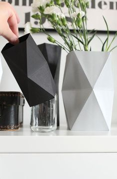 "nurin-kurin: DIY ""let's hide the ugly vases"""