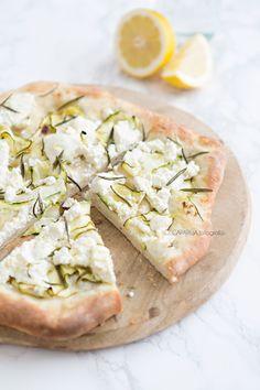 zucchini & ricotta pizza