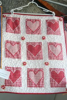 Love this Chicken Scratch Quilt. I will learn this art one day :) - Love this Chicken Scratch Quilt. I will learn this art one day :] - Chicken Scratch Patterns, Chicken Scratch Embroidery, Cute Quilts, Mini Quilts, Gingham Fabric, Miniature Quilts, Doll Quilt, Cross Stitch Embroidery, Cross Stitches