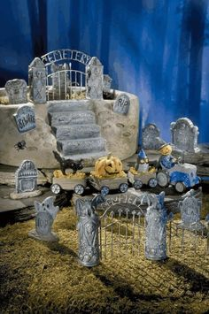 Mini Spooky Town Halloween Village - Miniature Haunted Fairy Garden Planter Cemetery