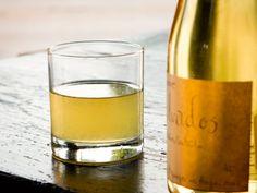 Brownsville Girl - White vermouth, Calvados, lemon juice, celery shrub