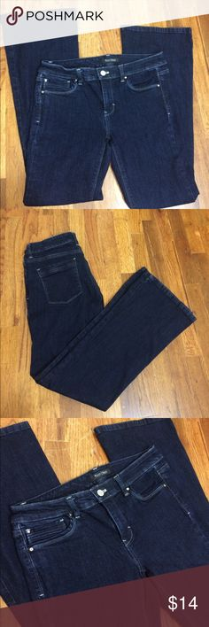 """WHBM Dark Flare Jeans Dark wash Flare style jeans from white House Black Market. Size 6 short. Perfect with Flats even if you don't wear a short. These are in great shape with no stains or holes. Pockets inside say """"feel beautiful"""". 73% cotton 14% rayon 11%poly and 2% spandex. When laying flat the waistband measures 15"""", the inseam is 28"""" and full length is about 36.5"""" long. White House Black Market Jeans Flare & Wide Leg"""