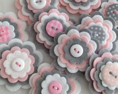 Discover thousands of images about BABY GIRL GREY Handmade Layered Felt Flower Button Embellishments Brooche Wool Mix Baby Pink, Silver Grey, White Felt Diy, Felt Crafts, Fabric Crafts, Sewing Crafts, Sewing Projects, Diy Crafts, Craft Projects, Button Flowers, Felt Flowers