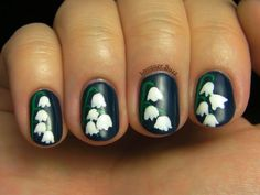 Lily of the Valley nails: such a cute idea for a wedding