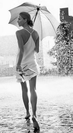 Love this white summer dress