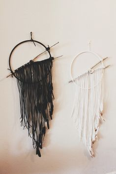 Dream Catchers Part 2 - Charme Silkiner Jewelry Decor Crafts, Diy And Crafts, Love Craft, Dream Catchers, Diy Wall Art, Make And Sell, Artsy Fartsy, Creations, Crafty