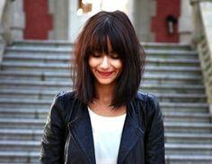 Image from http://www.hairworldmag.com/wp-content/uploads/2015/07/bangs-for-high-cheekbones.jpg.
