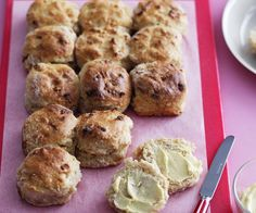 Spiced apple scones