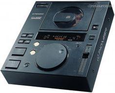 Pioneer CDJ500s
