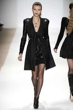 Charlotte Ronson Fall 2009 Ready-to-Wear - Collection - Gallery - Style.com
