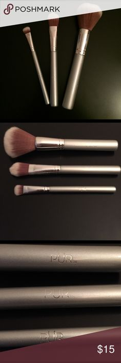 🌺 SALE 🌺 Pür Minerals Brushes Pür Minerals airbrush eye shadow, liquid foundation, and all over powder brush. All over powder brush has never been used. Airbrush eye shadow and liquid foundation brush have been thoroughly clean and sanitized. In EXCELLENT condition!! Reasonable offers welcomed Pur Minerals Makeup Brushes & Tools