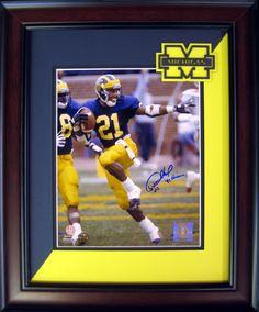 University of Michigan Desmond Howard signed 8x10 framed