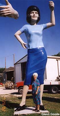 Mary Jean and the Uniroyal Gal. Big People, Texas, Mary, Style, Fashion, Swag, Moda, Fashion Styles, Fashion Illustrations