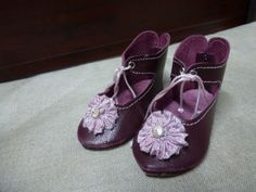 LEATHER-DOLL-SHOES-FOR-ANTIQUE-GERMANY-OR-FRENCH-DOLL-Leder-Puppenschuhe