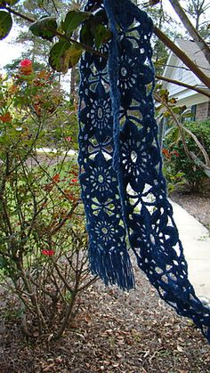 Scarf free crochet pattern, Hat is with this pattern ✿⊱╮Teresa Restegui http://www.pinterest.com/teretegui/✿⊱╮