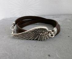 Lederarmband  Wickelarmband mit Flügel Bracelets, Leather, Etsy, Jewelry, Fashion, Dark Brown, Silver, Bangles, Jewellery Making