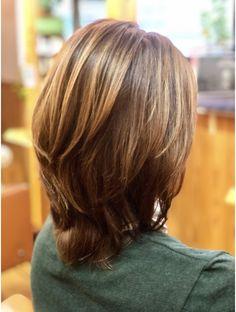 ララテラス(LaLa Terrace) ハイアッシュベージュ×大人かわいいミディアムレイヤー Medium Layered Hair, Medium Hair Cuts, Long Hair Cuts, Medium Hair Styles, Curly Hair Styles, Short Shag Hairstyles, Layered Haircuts, Popular Hairstyles, Cool Hairstyles