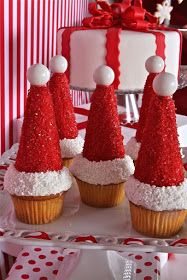 Christmas santa hat cupcakes - put ice cream cone on top and add icing! Christmas Snacks, Xmas Food, Christmas Cooking, Noel Christmas, Christmas Goodies, Christmas Candy, Christmas Tree Cake, Holiday Cupcakes, Holiday Baking