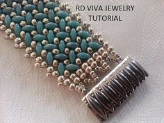 Create your own elegant bracelet, fun and easy to make.  Skill Level: advancers  This tutorial needs to have some experience, know how to tie the