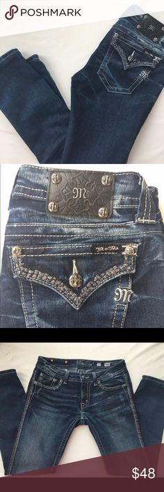 MISS ME JEANS, SIZE 29 MISS ME JEANS, SIZE 29, DARK SKINNY JEANS, JS56605, EMBELLISHED POCKETS AND ON LINING DOWN EACH LEG. Miss Me Jeans Skinny
