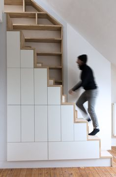 JAAGBAAR Mezzanine Design, Staircase Design, Attic Stairs, House Stairs, House Extension Design, House Design, Scandinavian Style Home, Long House, Stairs Architecture