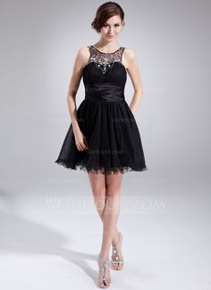 A-Line/Princess Scoop Neck Short/Mini Tulle Charmeuse Homecoming Dress With Ruffle Beading (022009613)