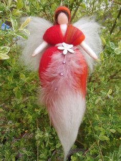 Blumen, Fee, Märchenwolle, Jahreszeitentisch, von Meine Zwergenstube auf DaWanda.com