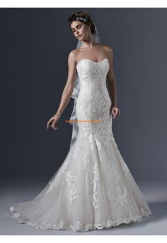 Robe de mariée sirène tulle application guipure