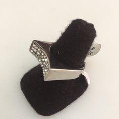 http://littlemich.com/wp-content/uploads/2015/03/IMG_3718-1024x1024.jpg Anillo Fashion con Circonias #Joyería #Bisutería - http://littlemich.com/tienda/anillos/anillo-fashion-con-circonias/