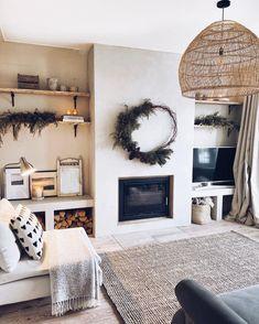 Inset Fireplace, Home Fireplace, Living Room With Fireplace, Fireplace Design, Boho Living Room, Living Room Modern, Living Room Designs, Living Room Decor, Livibg Room