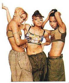 TLC rockin' baggy cargos along with sports bras.