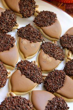 Acorn cookies (paddleattachment.com)