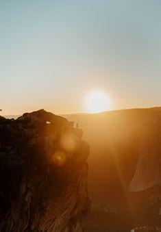 Adventurous engagement session #weddingphotographer #yosemite #nationalparks #yosemitenationalpark #destinationphotographer #adventurephotographer #taftpoint #yosemiteengagement #yosemiteelopement #californiaengagement Taft Point, Engagement Photos, Photoshoot, Celestial, Adventure, Sunset, Couples, Photography, Outdoor