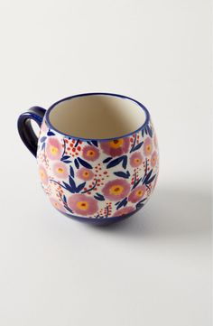 Explore Anthropologie's unique coffee mugs and teacups that make the perfect gift for yourself or a loved one. Shop our iconic monogram mugs and more. Hand Painted Mugs, Painted Plates, Hand Painted Pottery, Best Coffee Mugs, Unique Coffee Mugs, Coffee Shop, Anthropologie Mugs, Pottery Painting Designs, Bohemian Kitchen