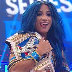 Hottest Wwe Divas, Nike Poster, Banks Icon, Mercedes Kaestner Varnado, Wwe Female Wrestlers, Black Wrestlers, Wwe Girls, Wwe Ladies, Wwe Sasha Banks