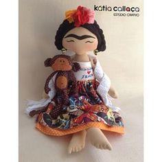 Instagram photo by kcestudiocriativo - ❤❤❤ projetos no www.kcestudiocriativo.com.br  #frida #fridakalho #amofrida #projetoskatiacallaca