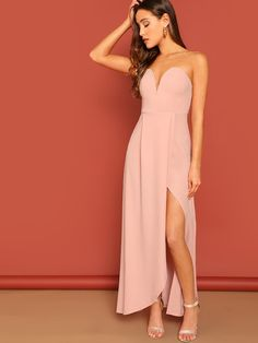 2be80e494a7 Shop Zip Back Slit Hem Strapless Maxi Dress online. SheIn offers Zip Back  Slit Hem Strapless Maxi Dress   more to fit your fashionable needs.