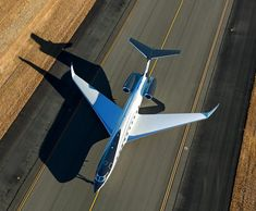 """Gulfstream the """"Rolls Royce"""" of private jet. Luxury Jets, Luxury Private Jets, Private Plane, Rolls Royce Engines, Executive Jet, Gulfstream Aerospace, 8 Passengers, Speed Of Sound, Head Up Display"""