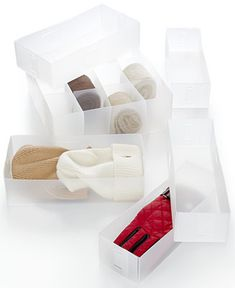 Hold fast. This 6-piece set takes stock of your bathrooms, kitchens, laundry rooms & other high traffic areas of your home to sort, store & organize every cluttered drawer. Know where every essential & necessity is with this frosty white collection.