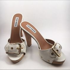 Steve Madden Crunk White Leather Buckle Mules Adorable.  Steve Madden Crunk White Leather Buckle Mules.  Five inch heel half inch platform.  Excellent used condition. Steve Madden Shoes Heels