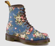 CASTEL | Womens Boots | Womens | The Official Dr Martens Store - UK