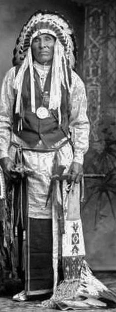 Henry Caruthers Roman Nose - Southern Cheyenne - before his death in 1917: