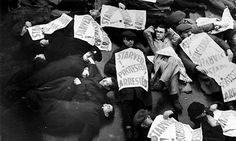 Great Depression Protest in Oxford Street, London.