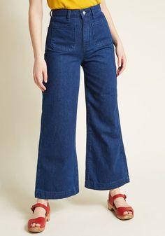 Posh Pocketing Wide-Leg Jeans